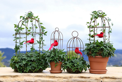 Valentines Topiary with Red Birds